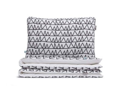 bedding set triangles - MUMLA