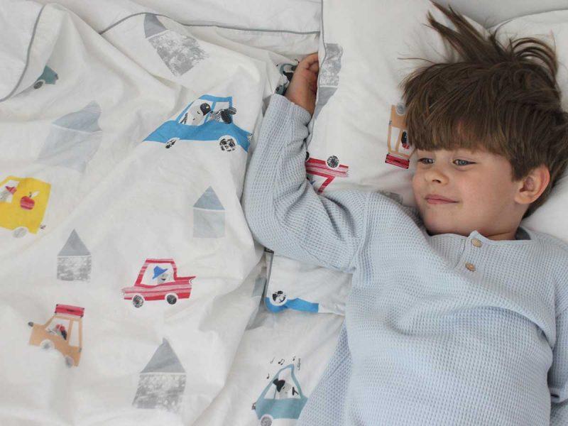 pościel auta - MUMLA pościel dla dzieci Jak pomóc dziecku pożegnać się z pieluchą w nocy? Cierpliwie.